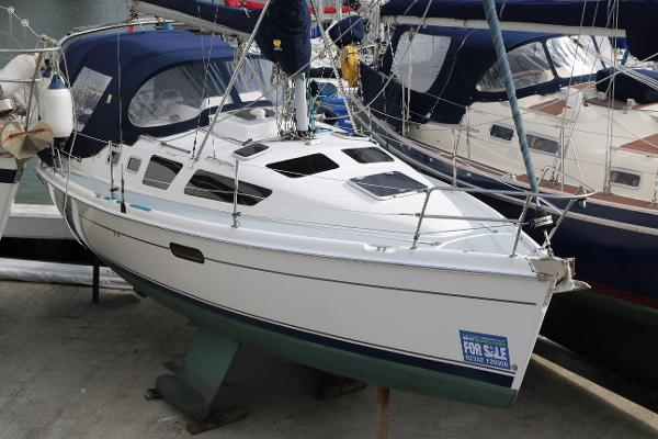 Legend 326 Bilge Keel Hunter Legend 326