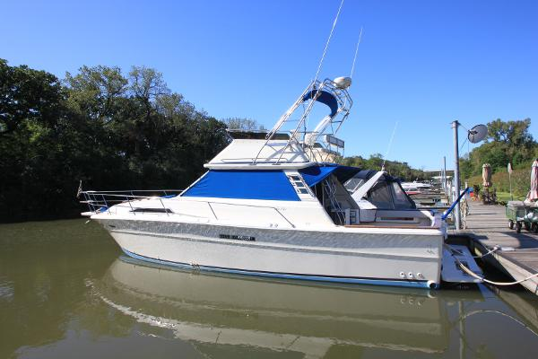 Sea Ray 390 Sport Fish