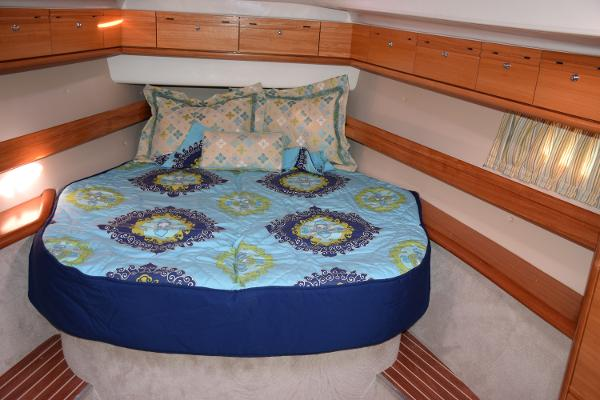 Bavaria Cruiser 46 Owner Stateroom Forward