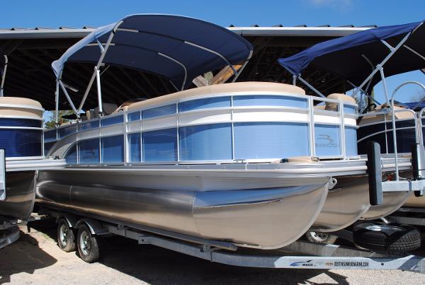 Bennington 24 SCWX Pontoon Boat 2017-Bennington-24-SCWX-Pontoon-Boat-For-Sale