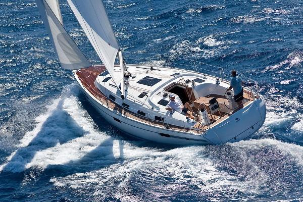 Bavaria 40 Cruiser Manufacturer Provided Image