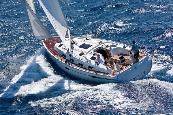 Bavaria 40 Cruiser Manufacturer Provided Image