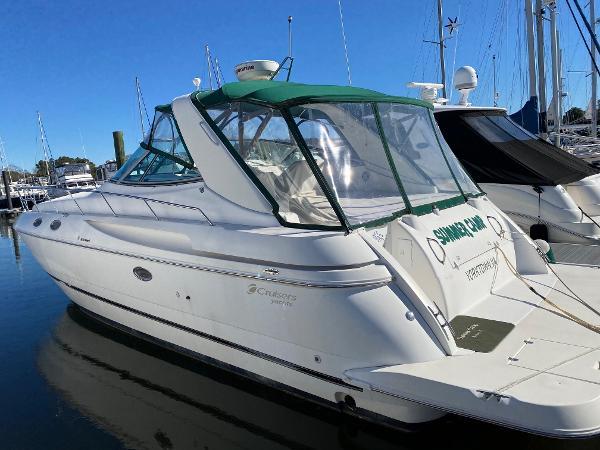 Cruisers Yachts 3870 Esprit Cruisers 3870