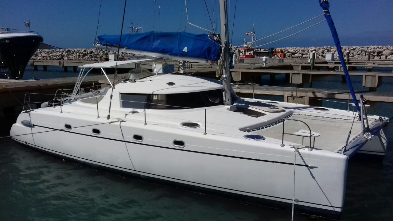 Fountaine Pajot Belize Side