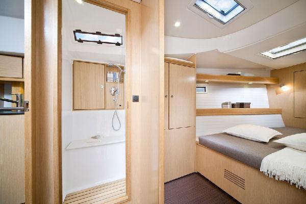 Bavaria Cruiser 45 Cabin