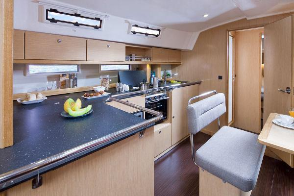 Bavaria Cruiser 45 Galley