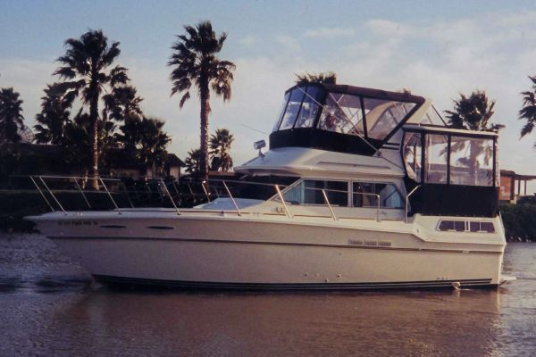 Sea Ray 360 Aft Cabin Main photo