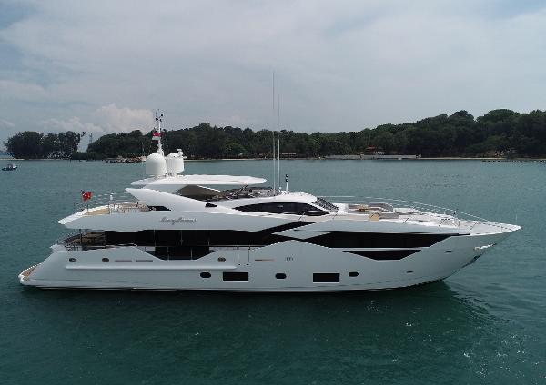 Sunseeker 116 Yacht Sunseeker 116 Yacht