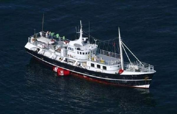 Expedition Passenger Vessel  - Luxury Cabins for 12 Passengers 102' Expedition Yacht For Sale