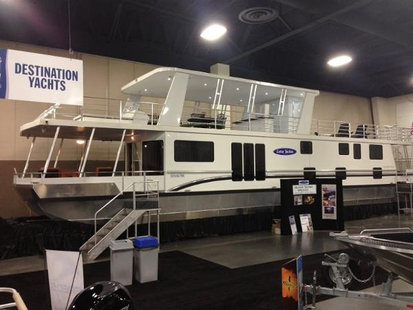 Destination 75 x 16 1/18 Multi-Ownership Houseboat