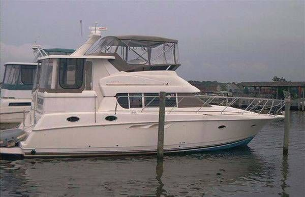 Silverton 422 Motor Yacht Photo 1