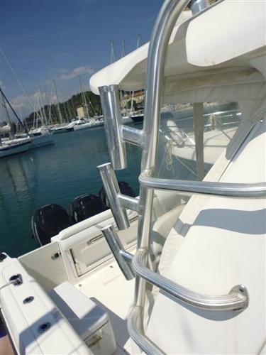 Boston Whaler 345 Conquest P1020312