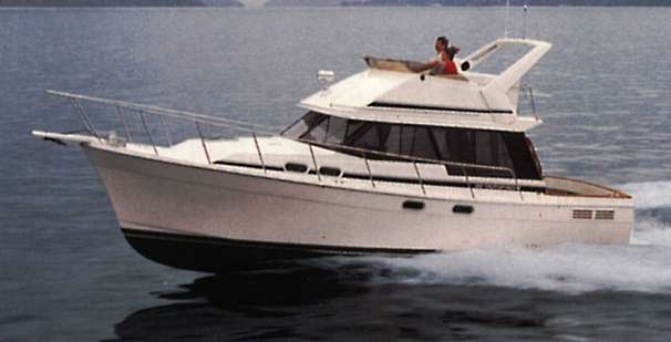 Bayliner 3288 Motoryacht Manufacturer Provided Image
