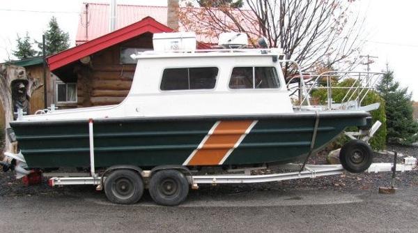 Monark 1986 22.1' x 8.13' Aluminum Monark Work Boat