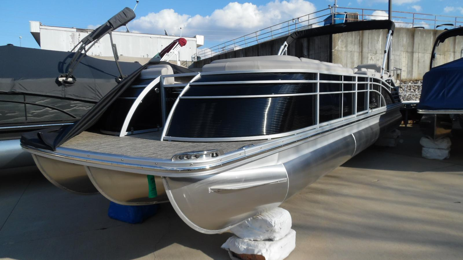 Pontoon boats for sale 4 for Craigslist used fishing boats
