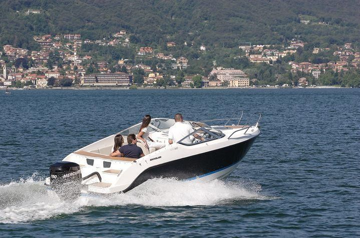 Quicksilver Activ 645 Cruiser  175 PS LAGERBOOT
