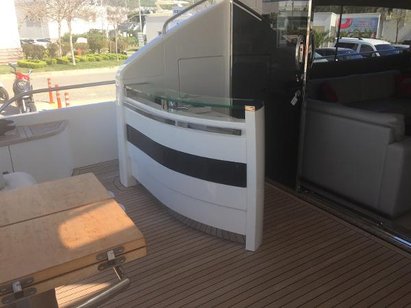 Princess 78 Aft deck with bar