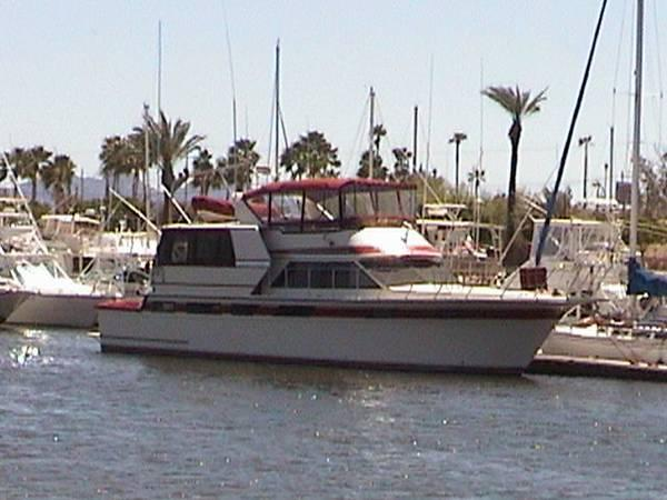 Californian 55 Cockpit Motor Yacht