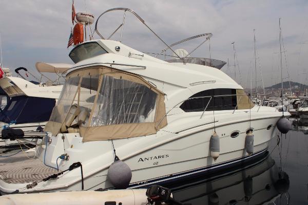 2011 Beneteau Antares 42