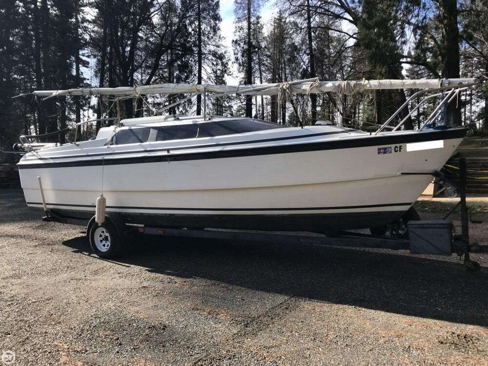 MacGregor 26x 2001 MacGregor 26X for sale in Magalia, CA