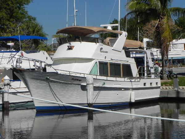Island Gypsy Flush Aft Deck