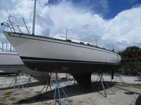 Hunter 30 Masthead Sloop - Yanmar