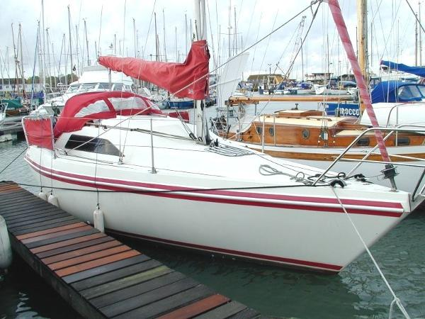 "Hunter Horizon 26 Hunter Horizon 26 ""New Dawn"""