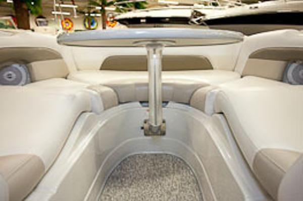 Crownline Eclipse E6