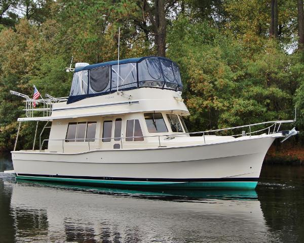 Mainship 400 Trawler MISTY