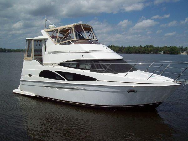 Carver 36 Motor Yacht Main Photo