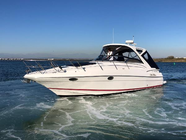 Regal 38 Express Port Side Bow