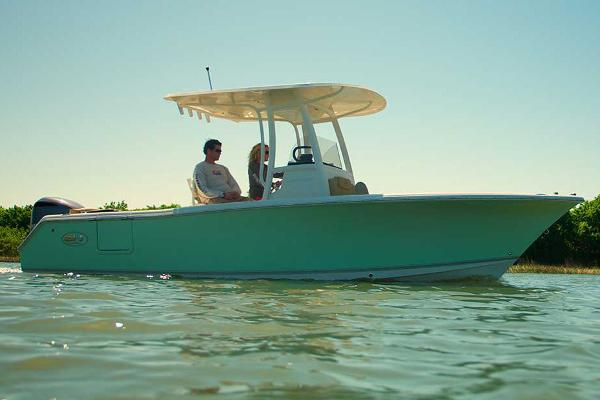Sea Hunt Ultra 235 SE Manufacturer Provided Image