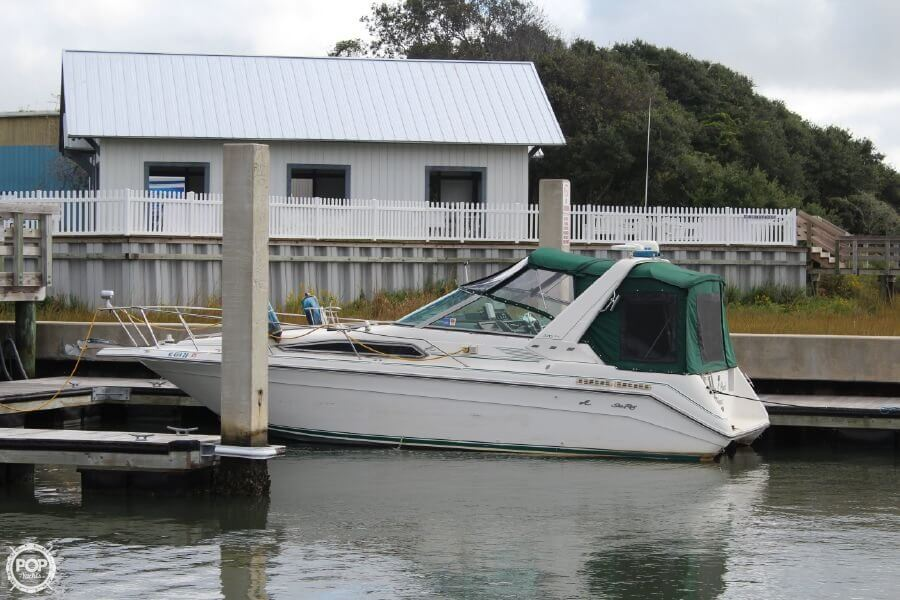 Sea Ray 270 Sundancer 1990 Sea Ray 29 for sale in Beaufort, NC