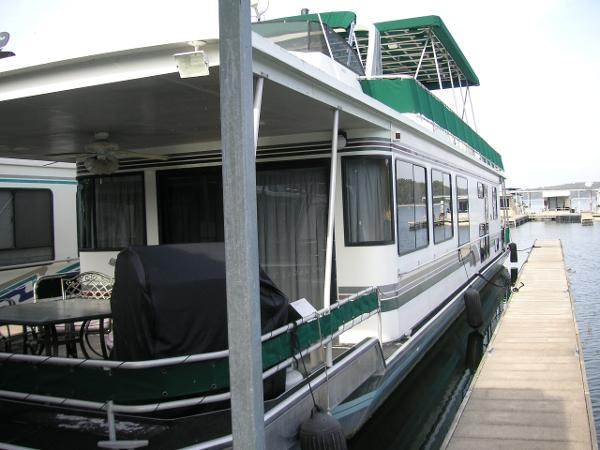 Stardust Luxury Houseboat