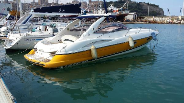 Sunseeker Superhawk 34 1999 Sunseeker Superhawk 34