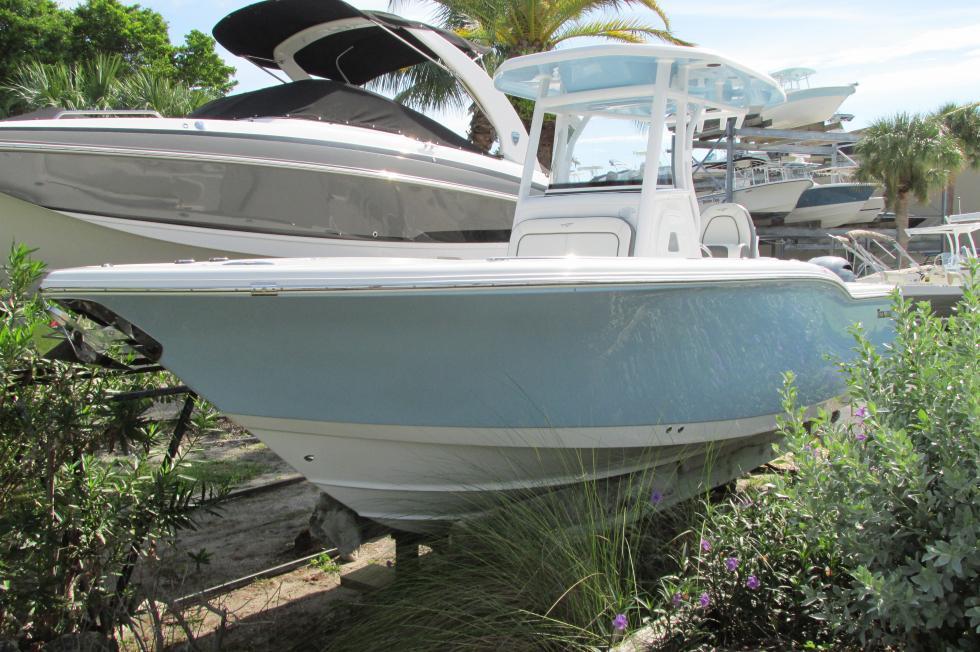 Tidewater Boats 252 CC Adventure