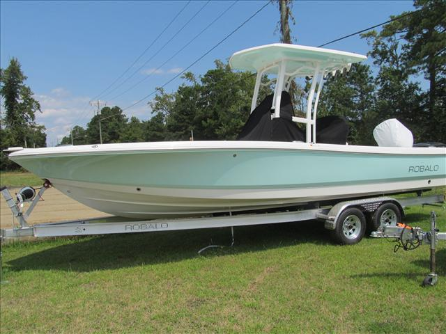 Robalo 246 Cayman Hard Top Jacking Plate L