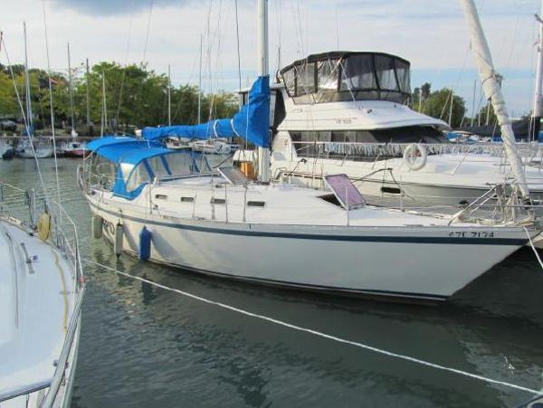 Canadian Sailcraft CS 36 shoal keel