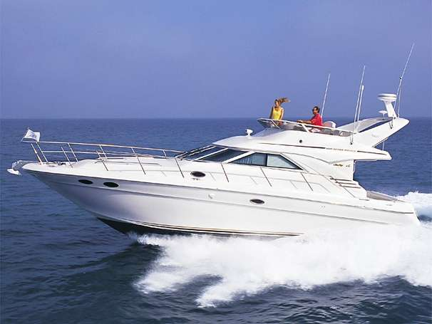 Sea Ray 400 Sedan Bridge Manufacturer Provided Image