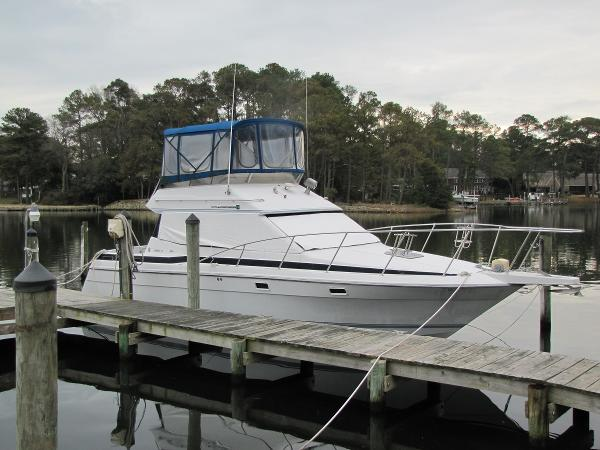 Chris-Craft 320 Amerosport Sedan Sceptre