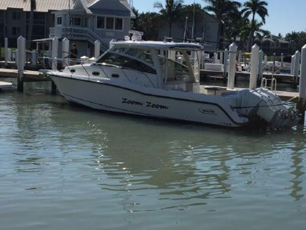 Boston Whaler 345 Conquest Port Side
