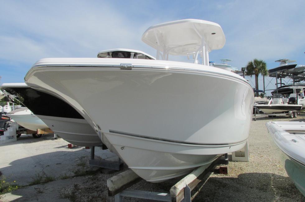 Tidewater Boats 230 LXF