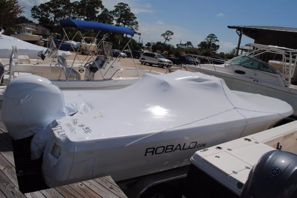 Robalo 226 Cayman Bay Boat Robalo-226-Cayman-Bay-Boat
