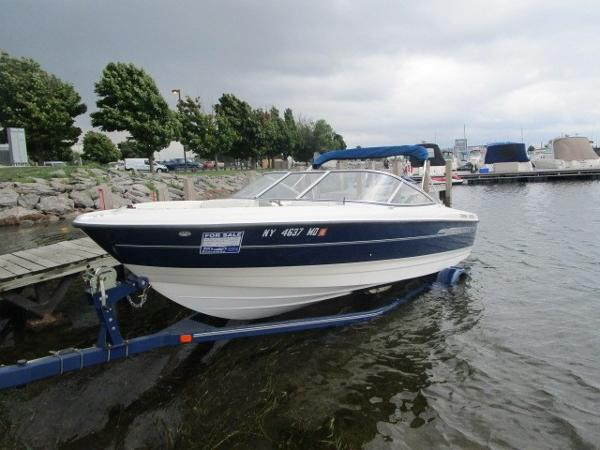 Bayliner 215 Br