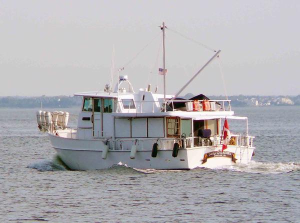 Glen L Argosy 42 Trawler Underway