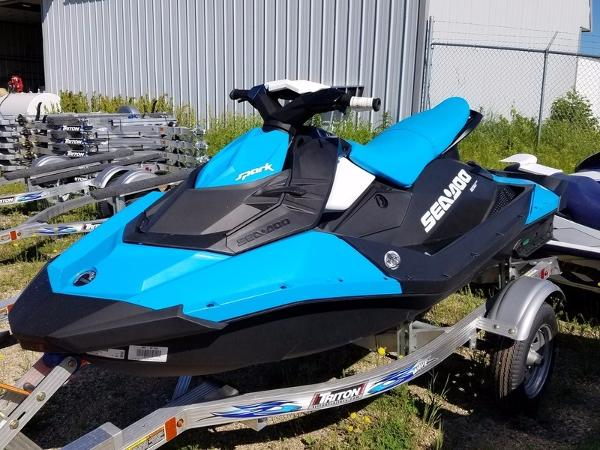 Sea-Doo SPARK, 3UP, 90HP, IBR, CONV