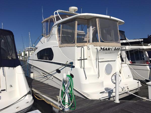 Silverton Motor Yacht Profile