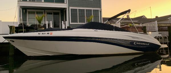 Caravelle 242LS Bow Rider