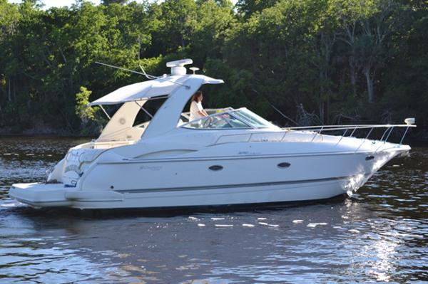 Cruisers Yachts 370 Express Main Profile