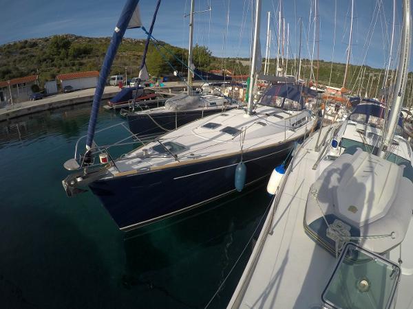 Jeanneau Sun Odyssey 49 (Engine 2016)